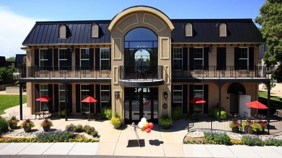 Exterior Of Apartments In Denver Colorado