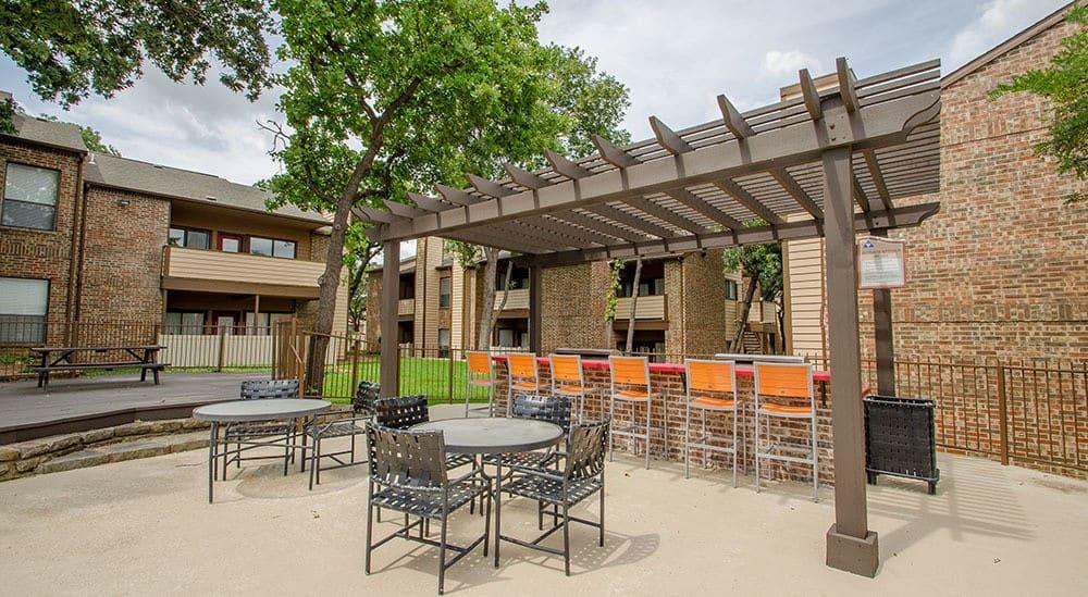 Outdoor BBQ Area at Advenir at Park Boulevard