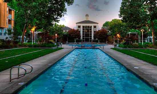 Beautiful pool at apartments in Santa Clara