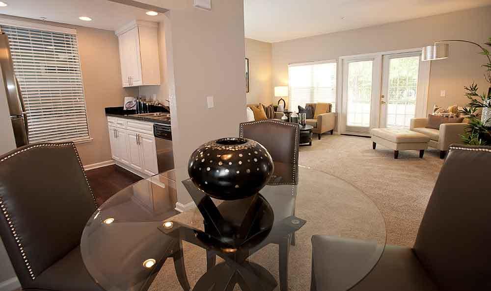 Dining Room at Nantucket Apartments