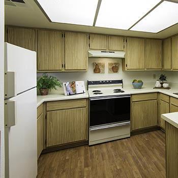 Enjoy the apartment amenities at Vista Montana