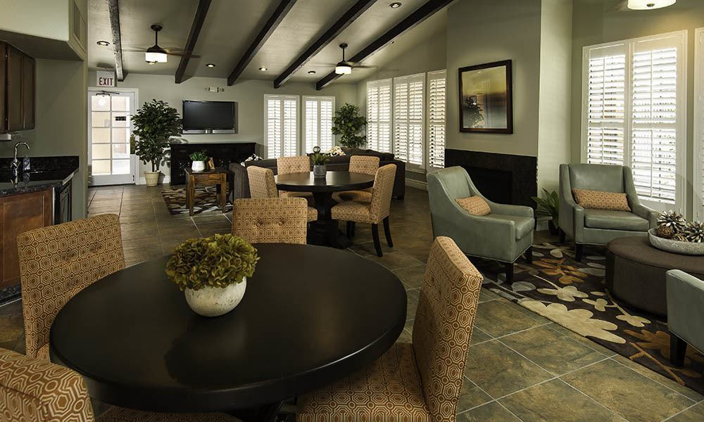 Clubhouse Common Area at Vista Montana in Gilbert, AZ