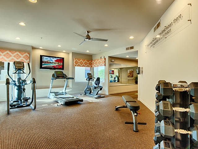 Fitness Center at lCasa Santa Fe Apartments in Scottsdale, AZ
