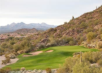 Golf course near the apartments for rent in Scottsdale