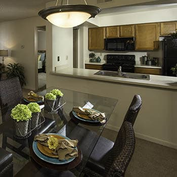 Enjoy the apartment amenities at Waterford Place Apartments