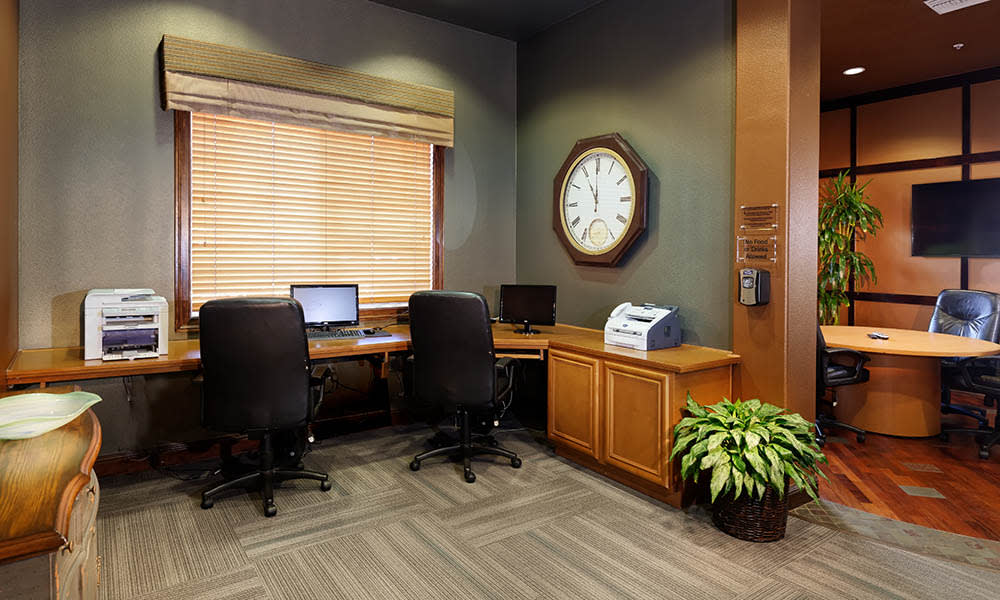 Business Center at Camino Real in Rancho Cucamonga, CA