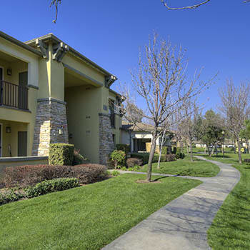 Apartment exterior in Rancho Cucamonga