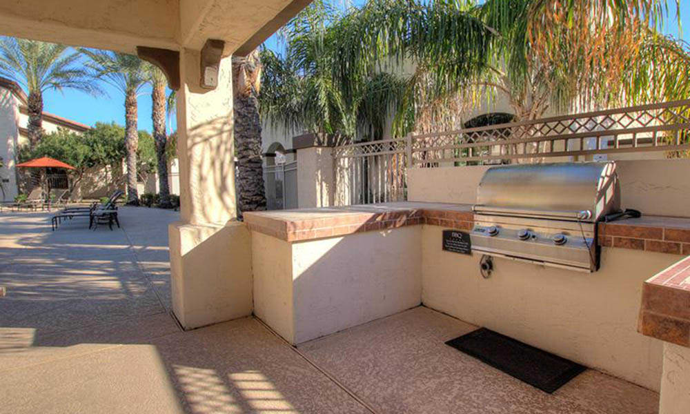 Bbq Area At Dobson 2222