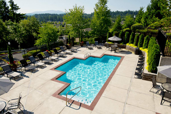 Pool area at the apartments for rent in Sammamish