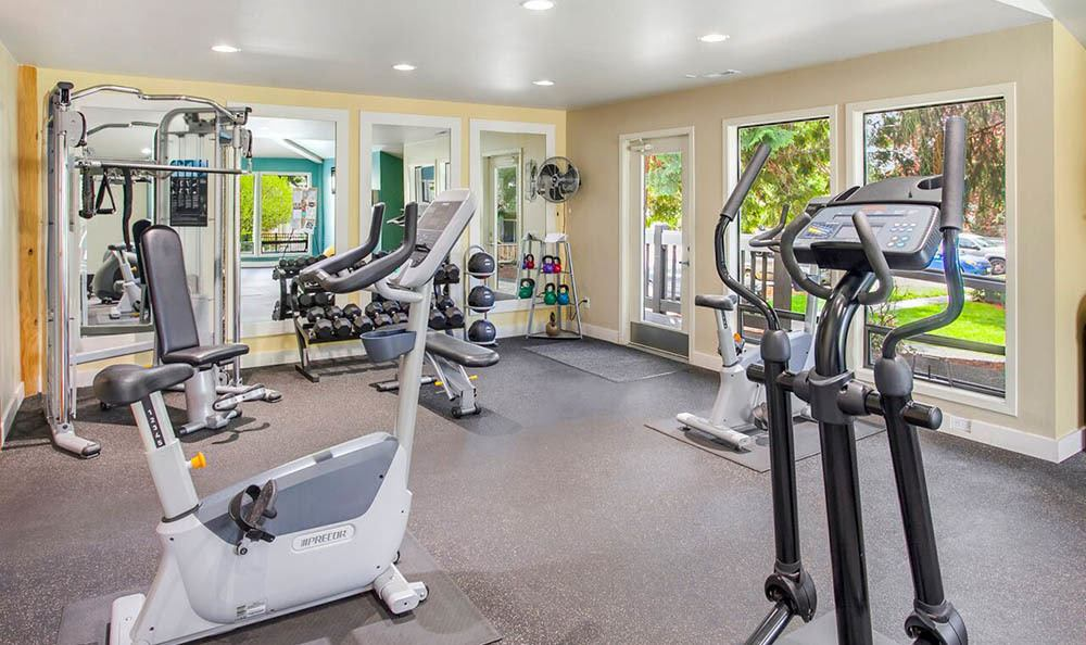 Fitness center at apartments in Kirkland