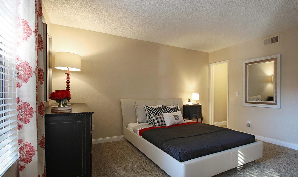 Modern bedrooms At Crystal Creek Apartments