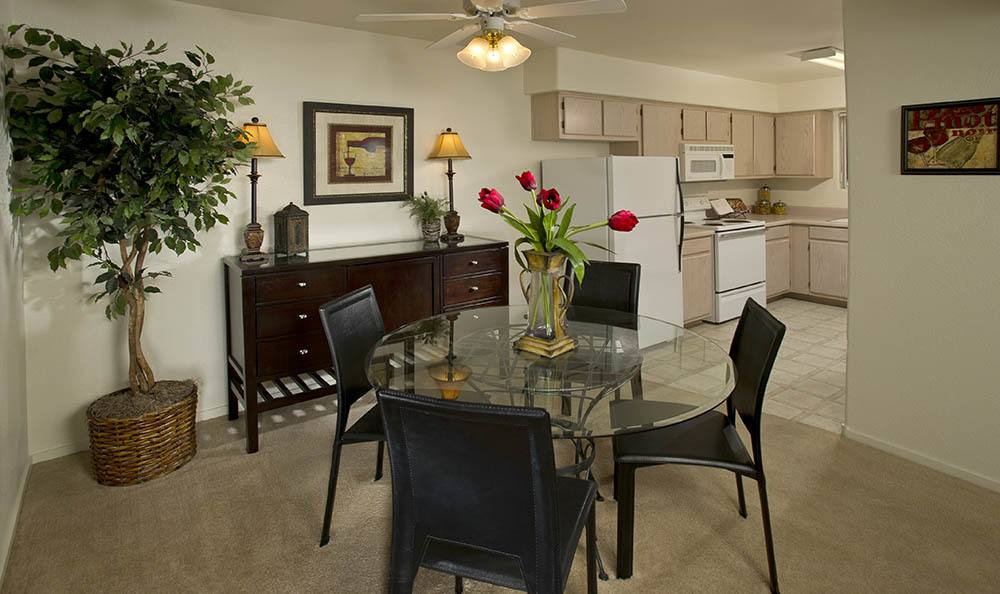 Dinning Room At 3055 Las Vegas Apartments