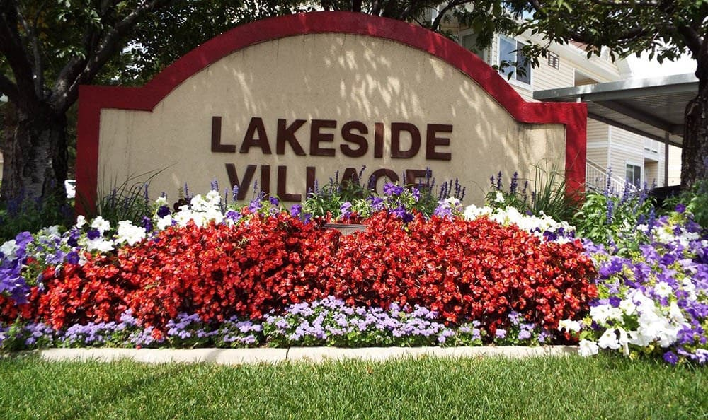 Lakeside Village Apartments Community Entrance