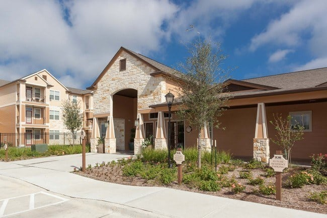 Residents love living at Oak Forest