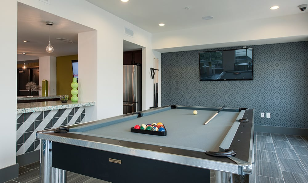 Billiards room at Sunrise By The Park