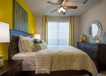 Luxurious apartment bedroom model in Houston
