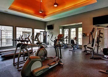 Apartment fitness center amenities in San Antonio