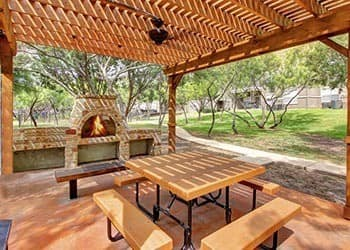 Apartments in San Antonio with outdoor fireplace
