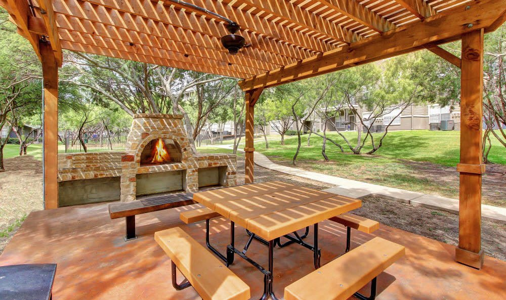 Pergola at our apartments for rent at The Parq on the Boulevard in San Antonio