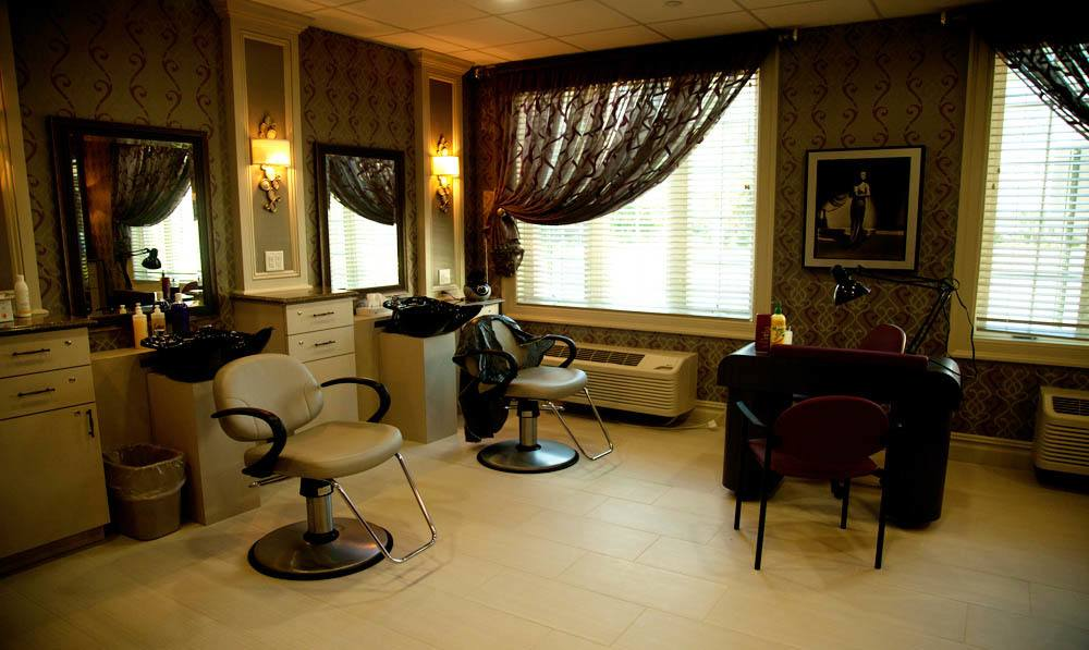 Get a haircut at the Beauty Salon at White Plains senior living
