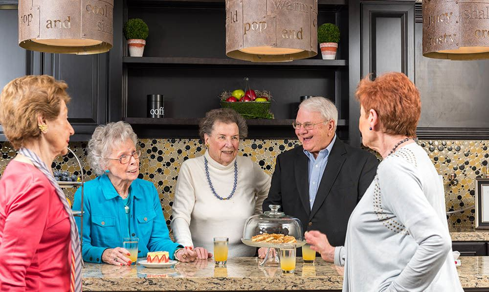 Dine with friends at Five Corners Bistro, White Plains senior living
