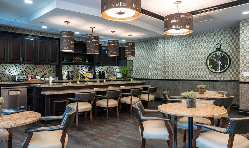 Five Corners Bistro at White Plains senior living