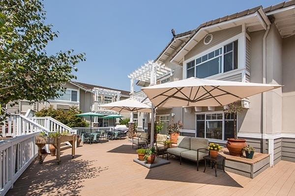 Main patio at senior living in Fremont, CA
