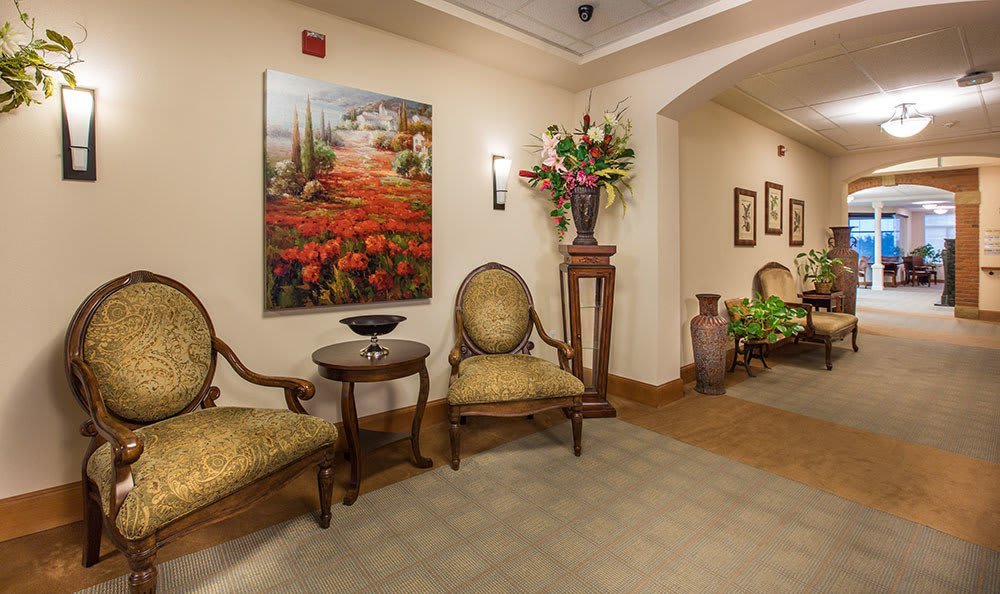 Senior living in Loveland has hallway seating