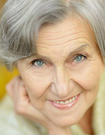 Senior living in Huntington Beach has happy residents