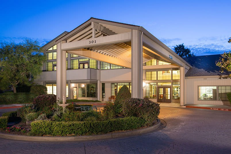 Senior living in Santa Rosa, CA is just right for you