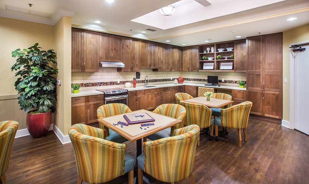 Santa Rosa senior living community kitchen and lounge area