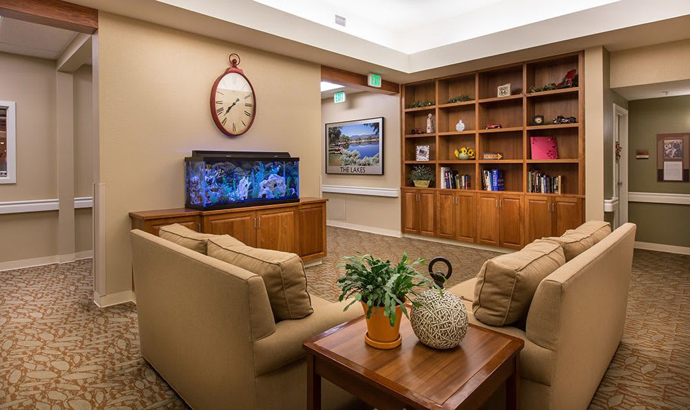 Sitting room with fish tank at Seven Lakes Memory Care in Loveland