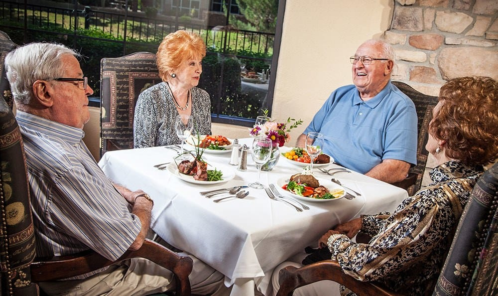 Tuscany at McCormick Ranch Senior living in Scottsdale has excellent dining areas to spend time with friends