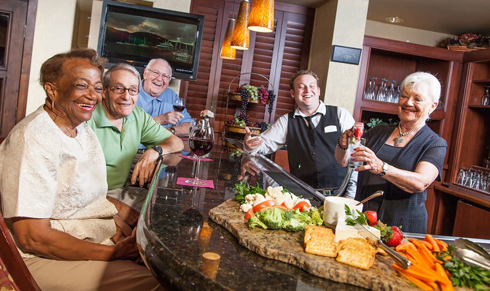 Tuscany at McCormick Ranch Senior living in Scottsdale has a modern bar area