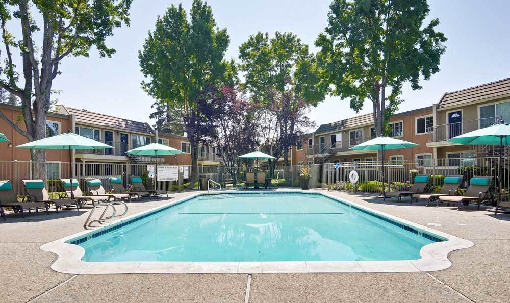 Spacious swimming pool at Sofi at Los Gatos Creek in San Jose, CA