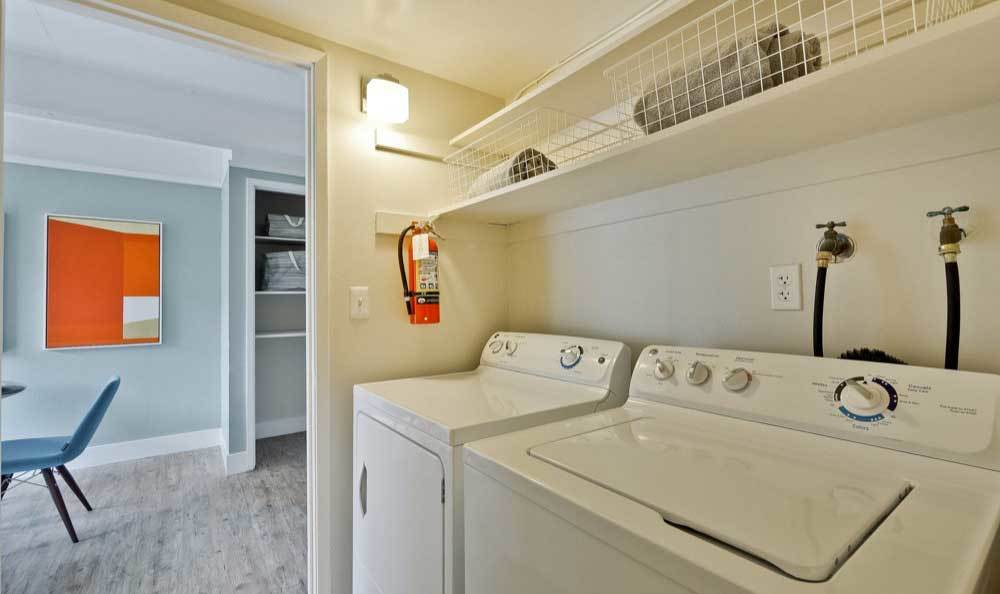 Modern apartments with a washer/dryer in San Mateo, CA