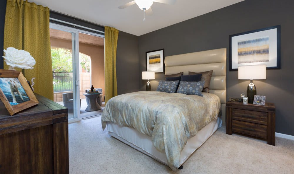 Spacious bedrooms At Villa Del Sol In Sunnyvale CA