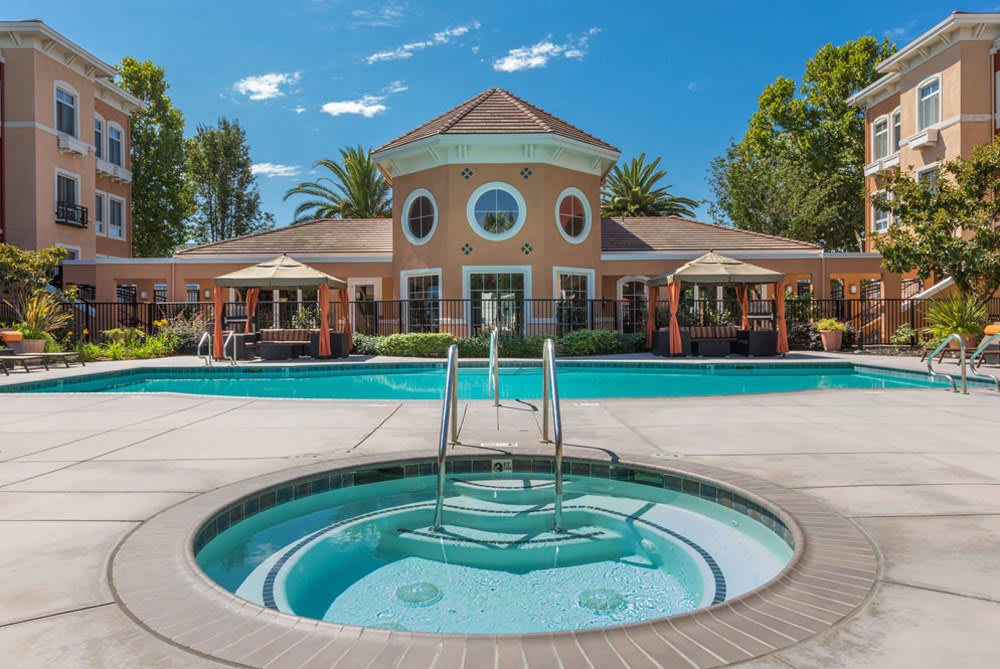 Sunnyvale apartments features a pool and hot tub