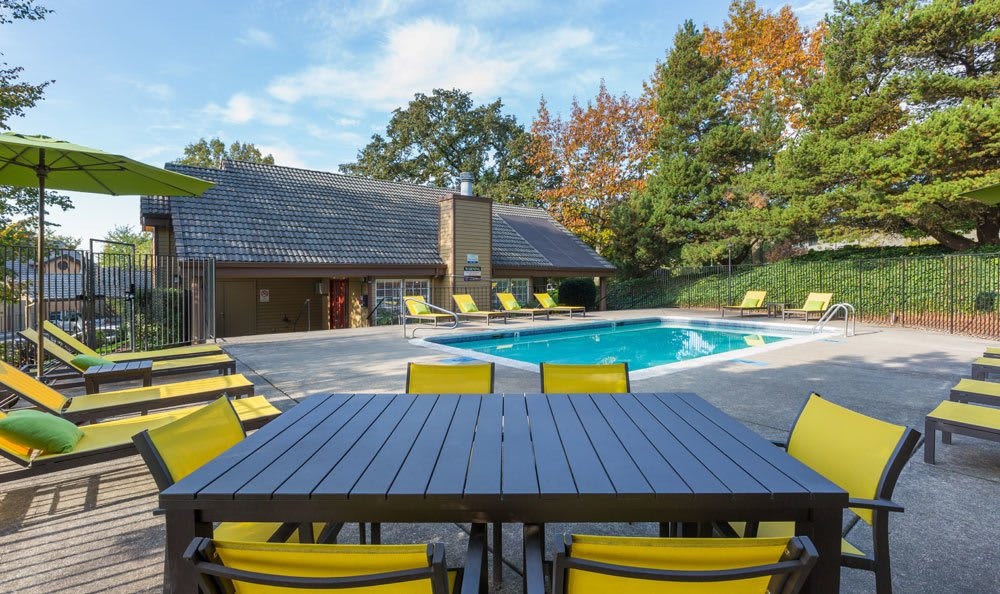 A swimming pool that is great for entertaining at Sofi Lake Oswego in Lake Oswego, OR
