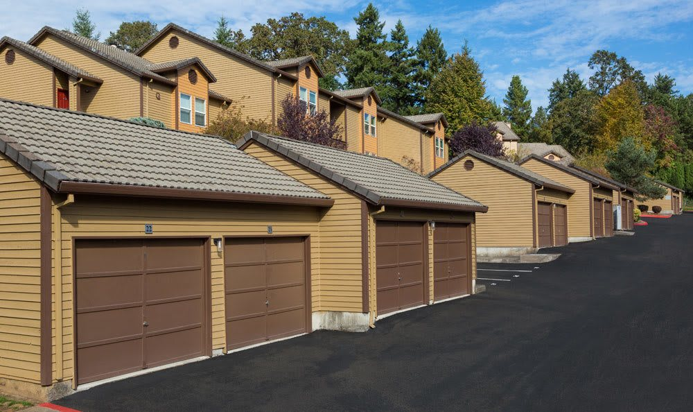 Spacious carports at apartments in Lake Oswego, OR