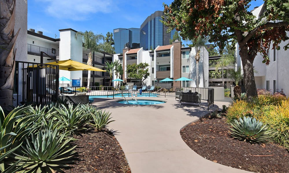 Walking paths to swimming pool At Vue at Warner Park In Woodland Hills CA