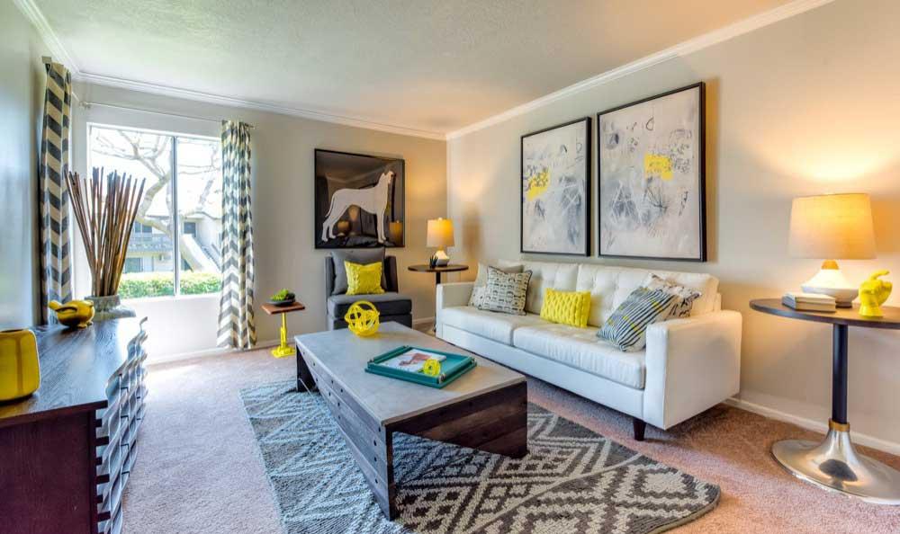 Living room at Sofi Laguna Hills in Laguna Hills, CA