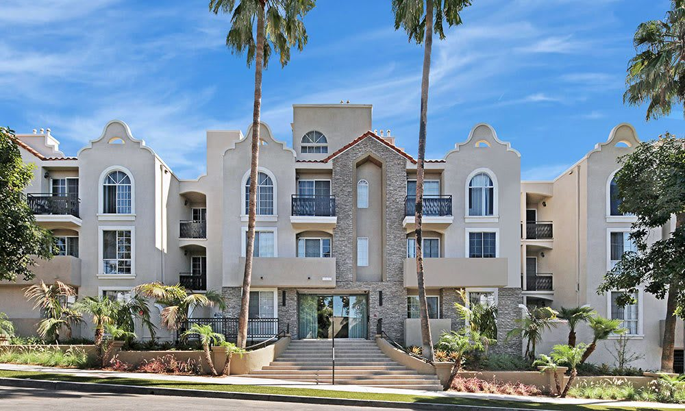 Exterior view at Los Angeles apartments