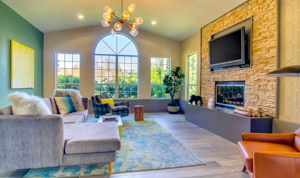 A living room that is great for entertaining at Sofi at Murrayhill in Beaverton, OR