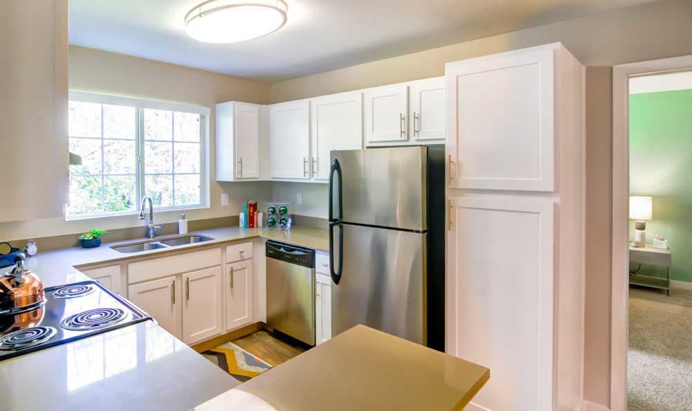 Sofi at Murrayhill offers a beautiful kitchen in Beaverton, OR