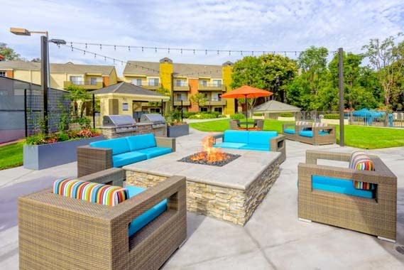 Beautiful bbq area at Sofi Irvine in Irvine, CA