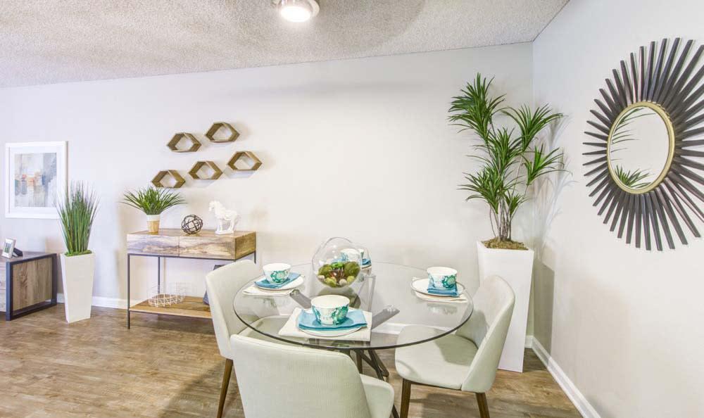 Dinning Room at Sofi Poway in Poway