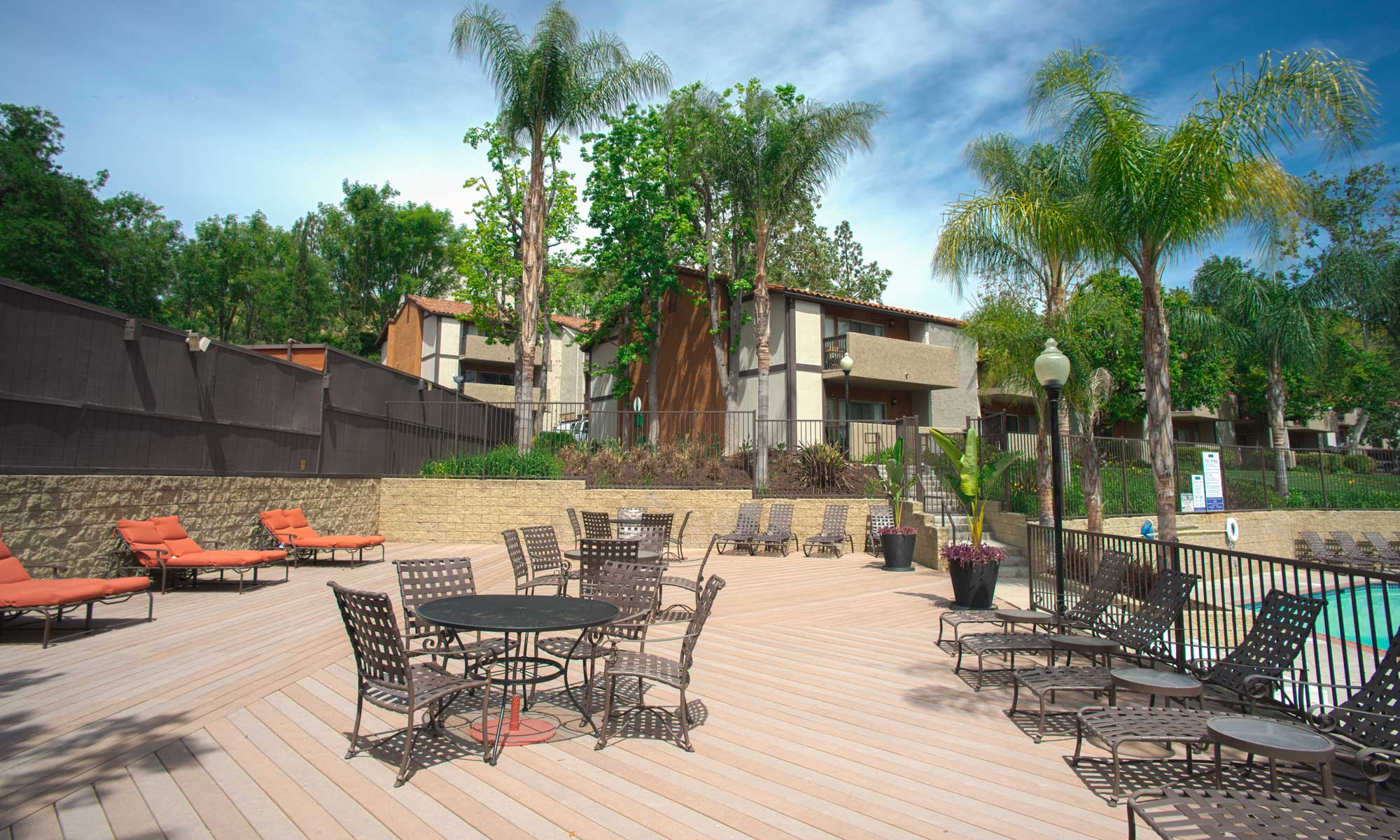 Apartments in Thousand Oaks, CA