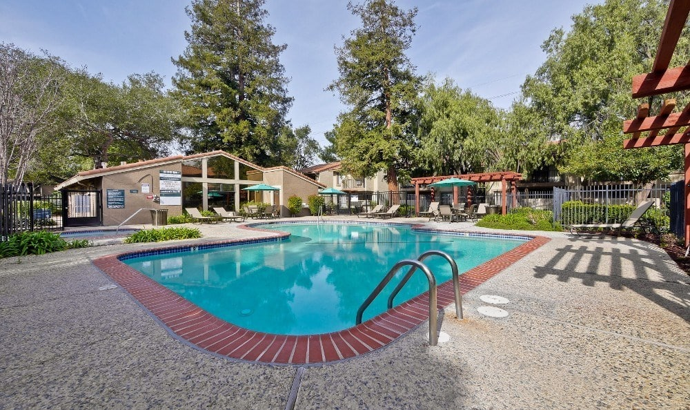 swimming pool at Terra Willow Glen in San Jose