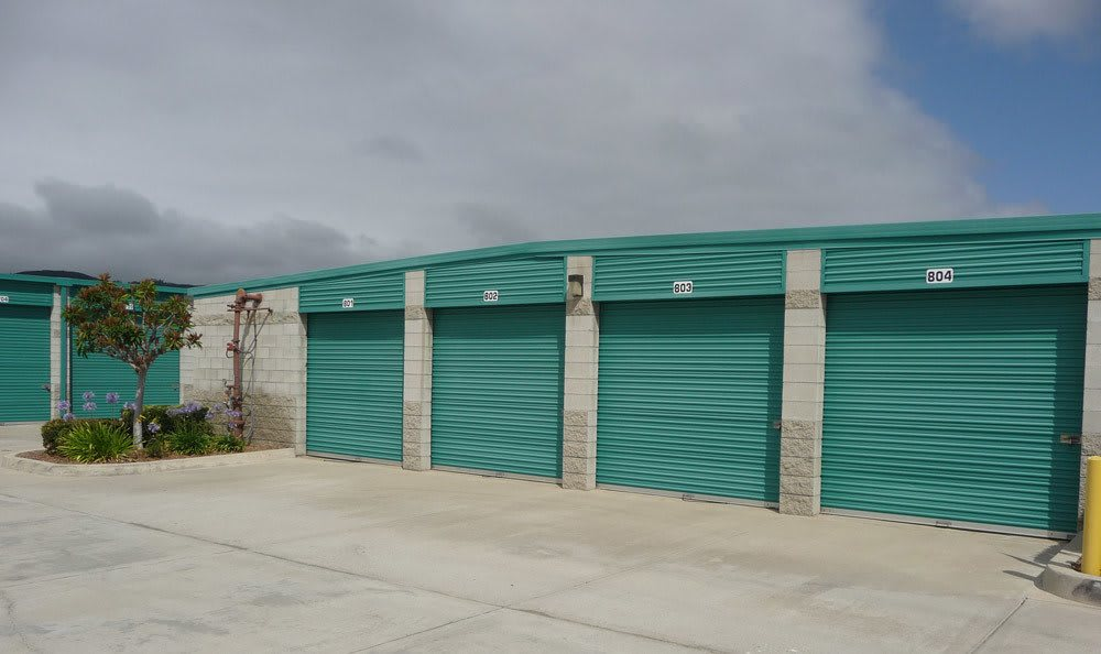 Temecula, CA self storage area.